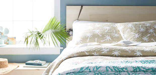 Get the Look: Beach-House & Lake-House Linens