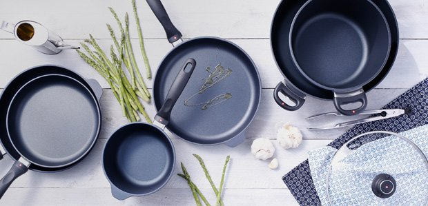 Nonstick Cookware Featuring Swiss Diamond