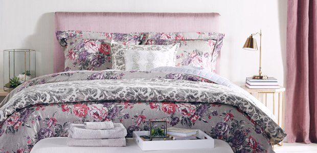 Retreat to Opulence: Indulgent Bed & Bath