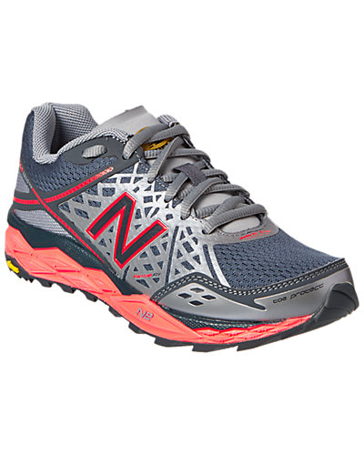 New Balance Women's WT1210 Trail-Running Shoe